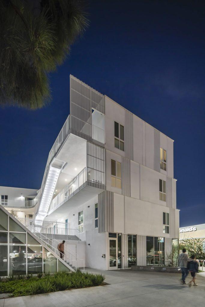 LOHA architects_supporting housing_centraldesign magazine_07