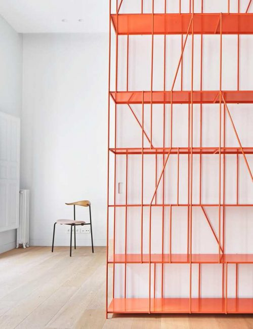 HOUSE-P82-Madrid-Spain-by-Lucas-y-Hernandez-Gil-centraldesign magazine